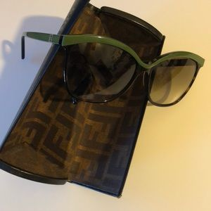 Oversized Fendi tortoise sunglasses green accent